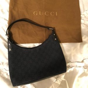 Authentic Vintage Gucci shoulder purse